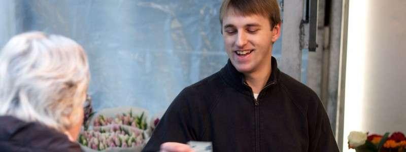 Bezahlmöglichkeiten_Blumen bezahlen auf Wochenmarkt